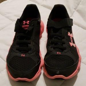 UA kid shoes 3Y